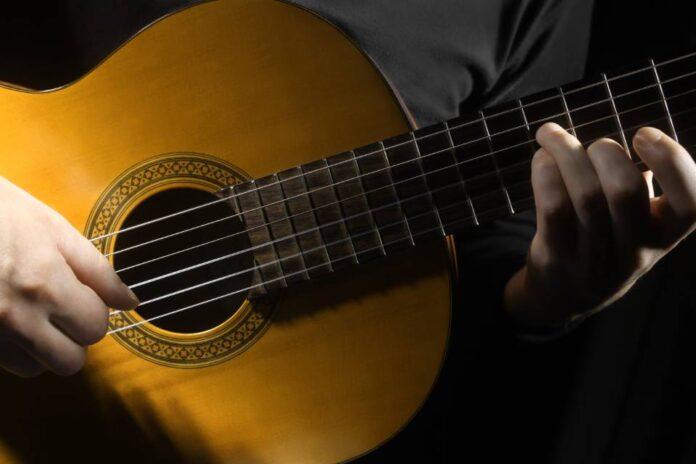 Jak naprawić gitarę?